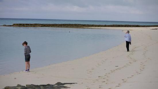 เฮรอน ไอแลนด์ รีสอร์ท: You can still find a quiet beach
