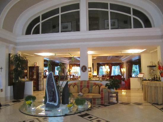 Grand Hotel Lienz : Lobby