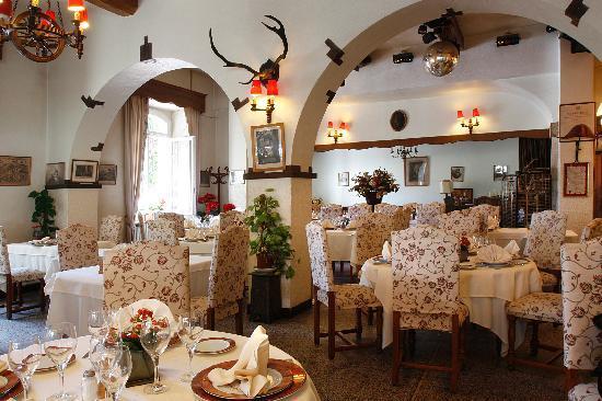 Logis Le Relais Imperial : Salle de restaurant