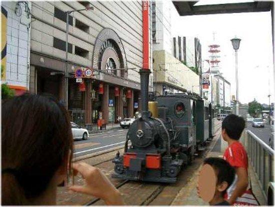 Ματσουγιάμα, Ιαπωνία: 坊ちゃん列車(大街道駅で)