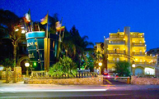 Hellenia yachting hotel giardini naxos sicilia prezzi 2018 e recensioni - Hotel ai giardini naxos ...