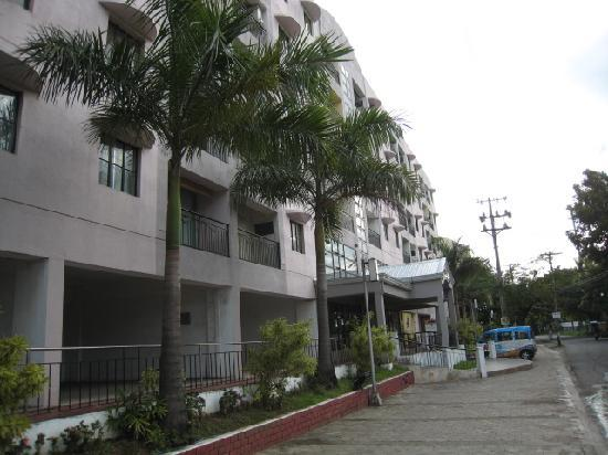 Lancaster Hotel Cebu: 外観
