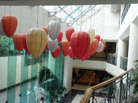 Ramana Hotel Saigon: エントランス