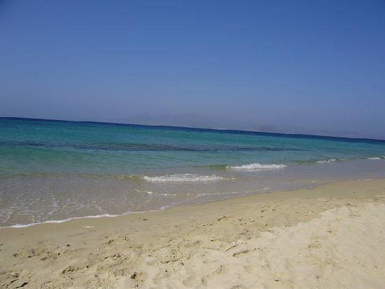 Aegean Land: Plaka beach
