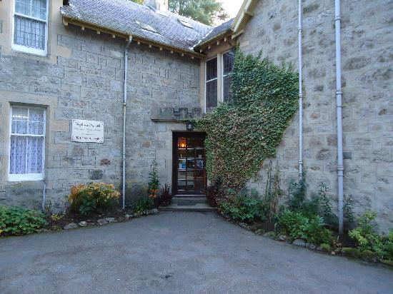Tigh na Sgiath Country House Hotel: front entrance
