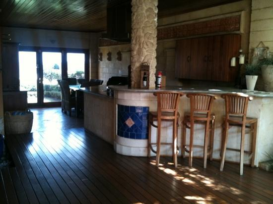 Beach Manor Bed and Breakfast Perth: Breakfast area