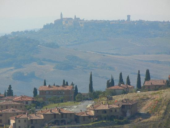 Franco Wine Tour Experience: Beautiful Tuscan countryside