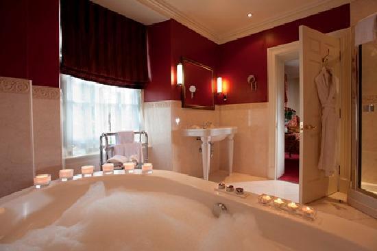 The Howard: Terraced Suite Bathroom