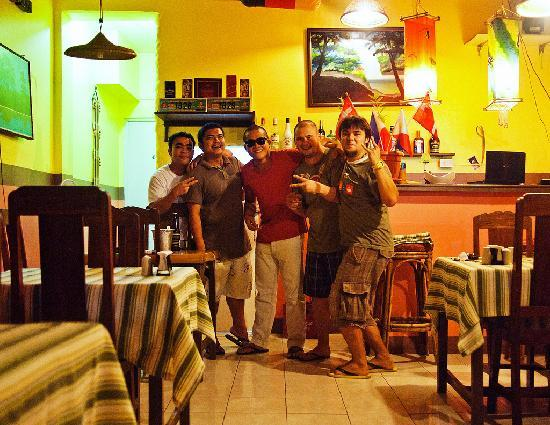 Relax Thai Restaurant: С Братьями Лопес)))