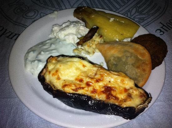 Hotel Lassion Golden Bay : La gastronomie locale...
