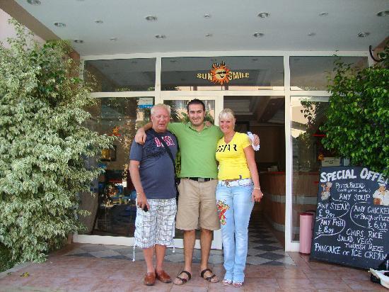 Club Sunsmile: Suzanne,Mehmet,Steve