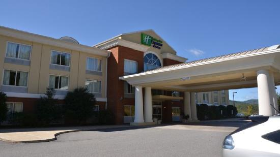 Holiday Inn Express Hotel & Suites Sylva-Western Carolina Area: Holiday Inn Express Dillsboro NC