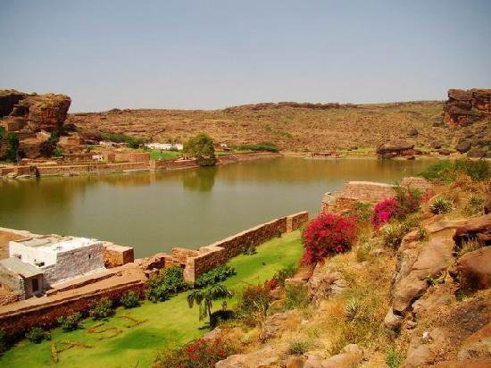 Hotel Naveen: Badami