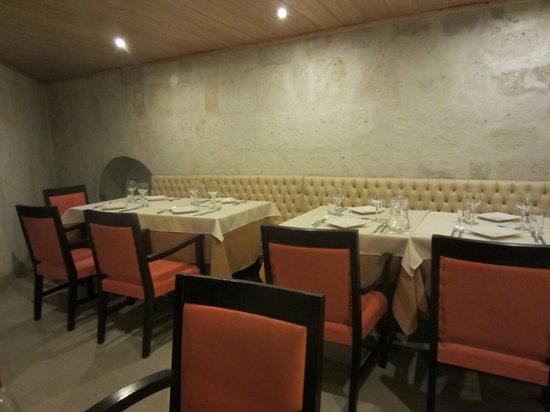 Arthur Restaurant: Inside
