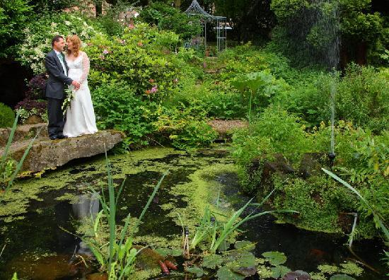 Makeney Hall Hotel : THE BEAUTIFUL GROUNDS