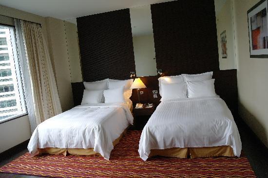 Sukhumvit Park, Bangkok - Marriott Executive Apartments: Bedroom 2