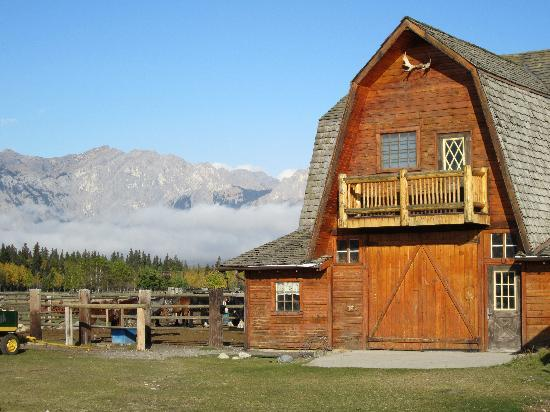 Rafter Six Ranch Resort: Barn and Rockies