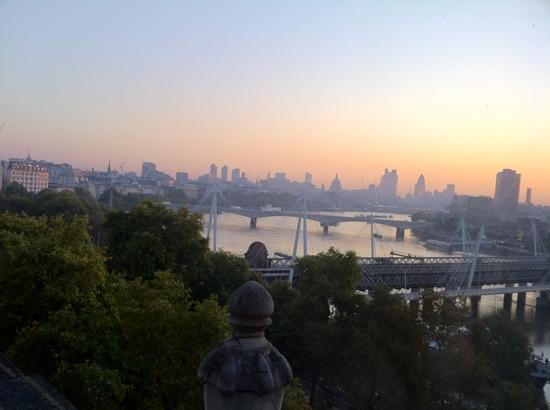 โรงแรม เดอะ รอยัล เฮาส์การ์ด: view from room 833