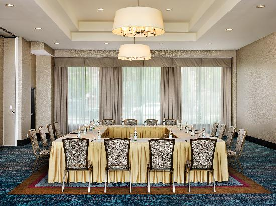 Pinnacle Hotel At The Pier: Pier Salon Meeting & Function Space