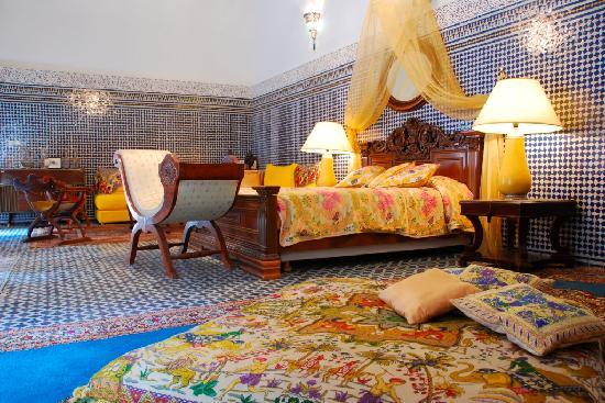 Riad Damia: Kniza Suite
