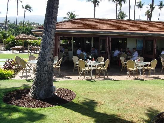 blick vom strand ins cafe picture of castaway cafe lahaina rh tripadvisor co za