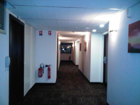 Kyriad Prestige Strasbourg Nord - Schiltigheim : Couloir