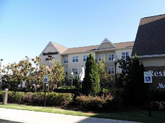 Residence Inn Memphis Southaven : exterior