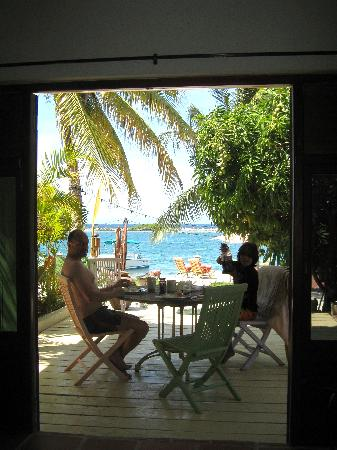Aruba Reef Beach Apartments: View from the living room.