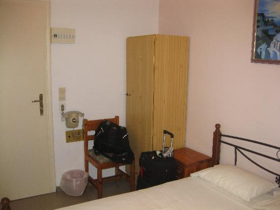 Babis Hotel: Room view 4