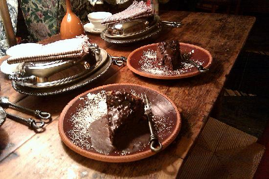 CAdy Carriage House B&B: Chocolate Cheesecake welcome