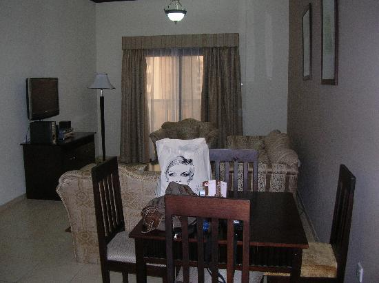 Seven Sands Hotel Apartments : Le séjour