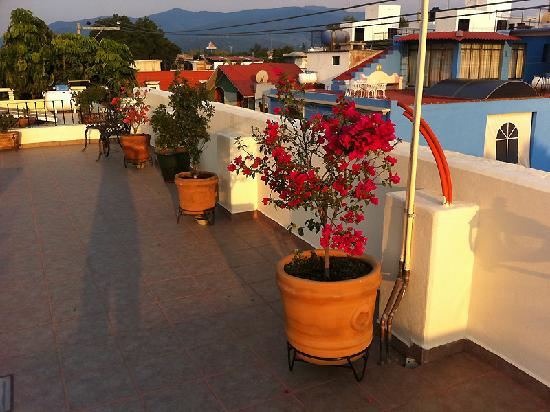Al Sol Studios: Sunset on the terrace