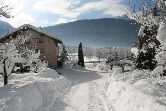 Enzianbrenner B&B: Winterfoto vom Enzianbrenner