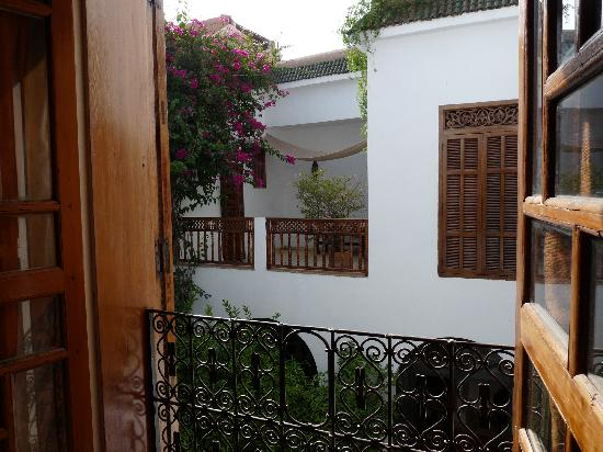 Riad Alma: View from room over courtyard