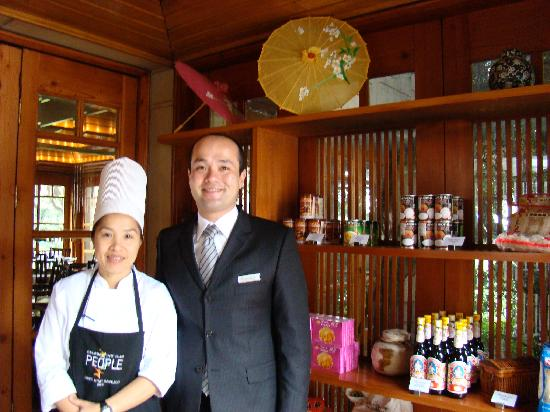 Anakena: The Thai Chef and F&B Hyatt who took great care of me