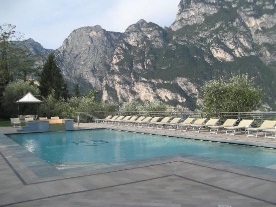 Panoramic Hotel Benacus : the swimming pool