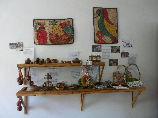 La Mariposa Spanish School and Eco Hotel: Our small shop selling examples of local crafts