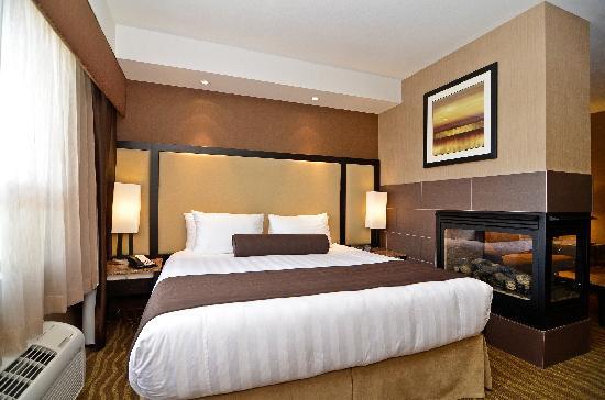 BEST WESTERN PREMIER Freeport Inn & Suites: Suite