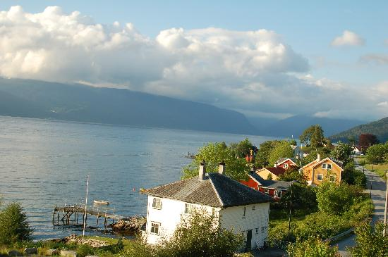 Balestrand Hotel: View from our window