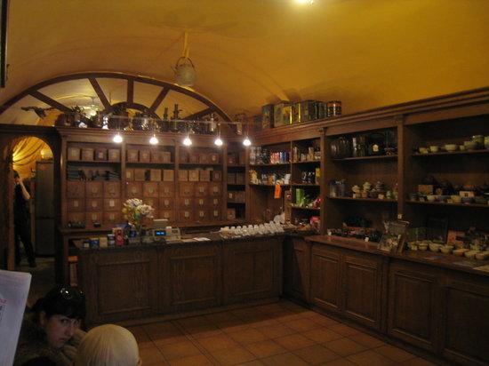 Dobra Cajovna: Counter at Dobrá čajovna (Dobra Tea)