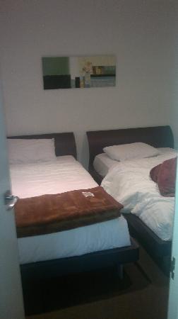 Summer Inn Holiday Apartments: secondary bedroom