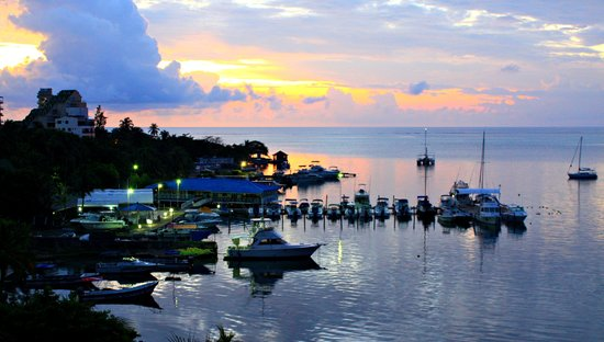 GHL Relax Hotel Sunrise : CLOSE TO THE MARINA RENT A BOAT FOR $100 A DAY