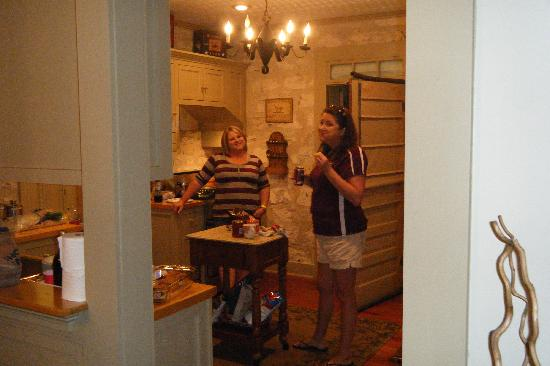 Rock House Hideaway: Main house kitchen was the hub of activity. LOVED the stove and didn't find any kitchen item mis