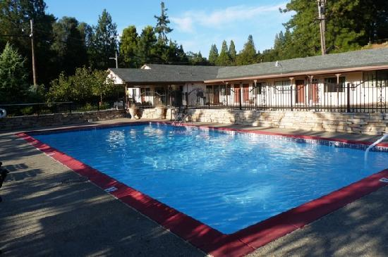 Mother Lode Motel: Wonderful pool beckoning even on an early fall evening. Credit Barbara L Steinberg 2011