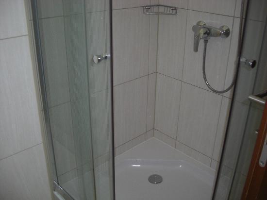 Best Western Hotel Stella: Shower cabinet