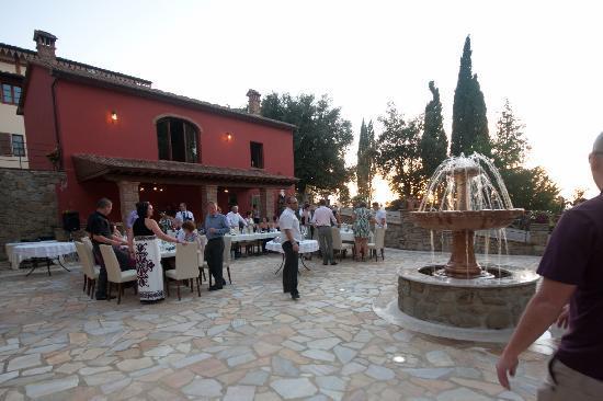 Villa Rossi-Mattei: the courtyard