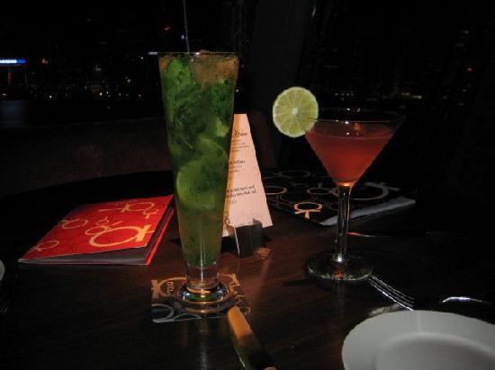 Aqua Roma, Aqua Tokyo & Aqua Spirit: Our drinks at Aqua in Kowloon