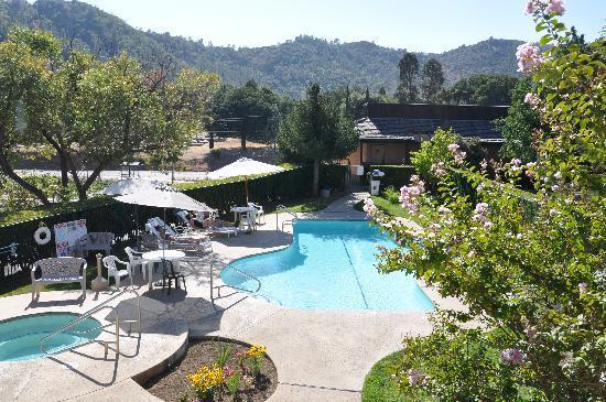 Miners Inn Motel: Pool