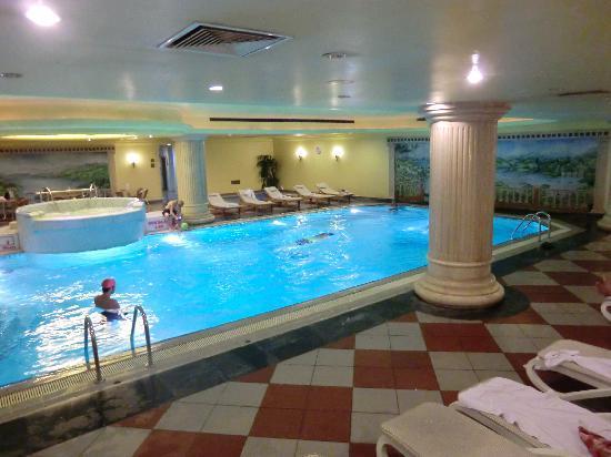 Eresin Topkapi Hotel: Hallenbad des Hotels