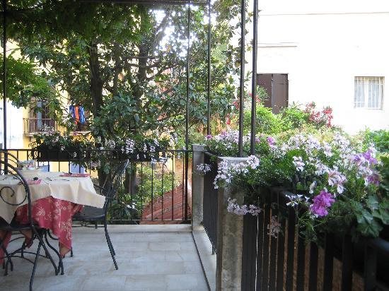 Ca' San Rocco: Breakfast Terrace